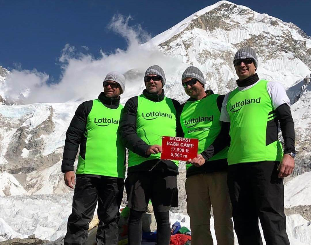 Team Lottoland Complete Everest Trek to Support Brain Cancer